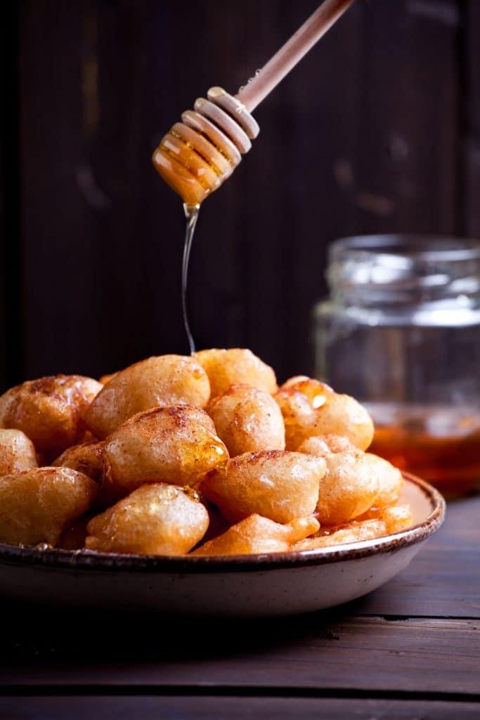 Greek Desserts: Loukoumades (Fried Honey Doughnuts) – Λουκουμάδες
