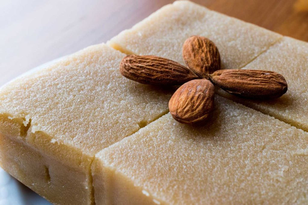 Greek Desserts: Halvas (Semolina Hard Pudding) – Χαλβάς