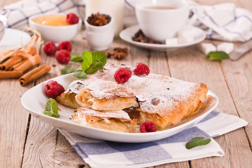 Greek Desserts: Bougatsa (Breakfast Pastry) –Μπουγάτσα