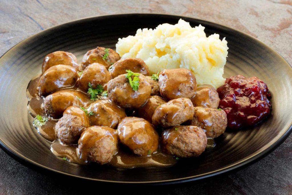 Swedish Food: Köttbullar – Meatballs