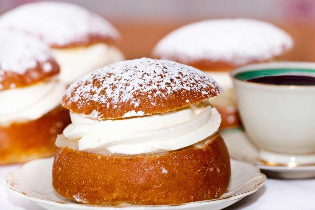 Swedish Food: Semla – Sweet Roll
