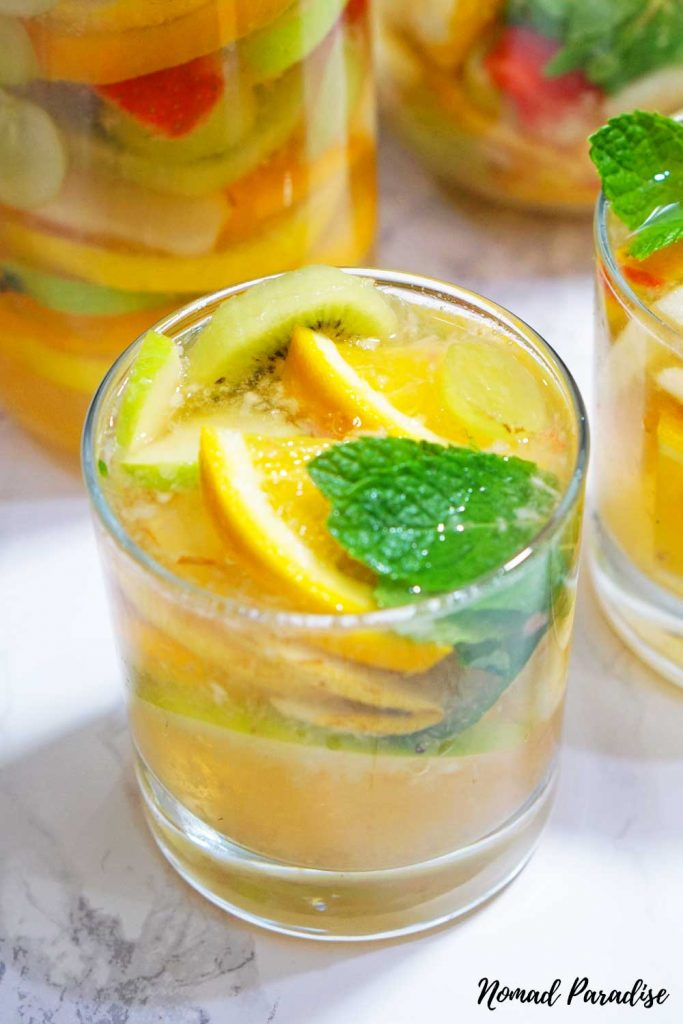 Clericot in a glass served with mint
