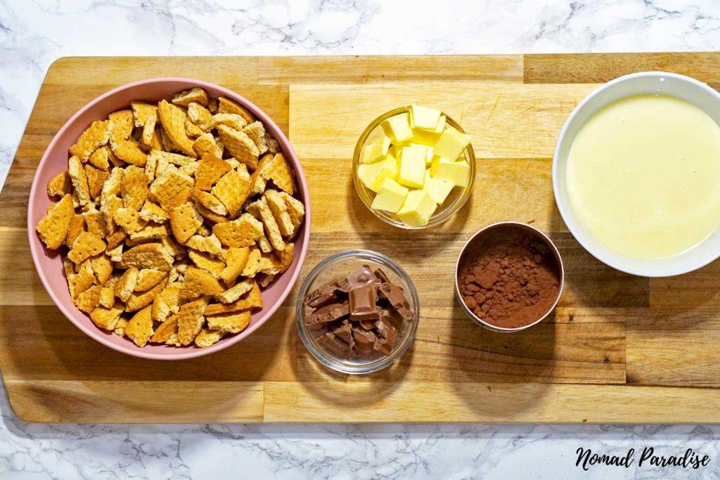 Tinginys – Lithuanian Lazy Cake Cookies process image