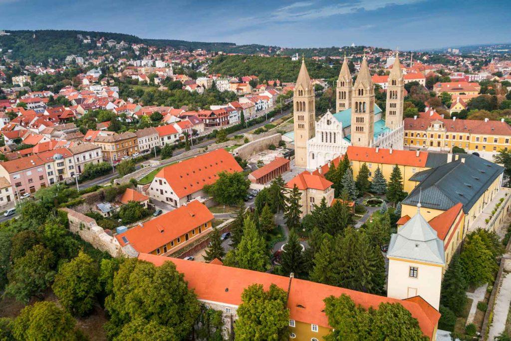 Pécs (city in Hungary)