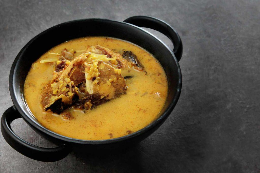 Bangladeshi Food: Dal (Lentil Soup)