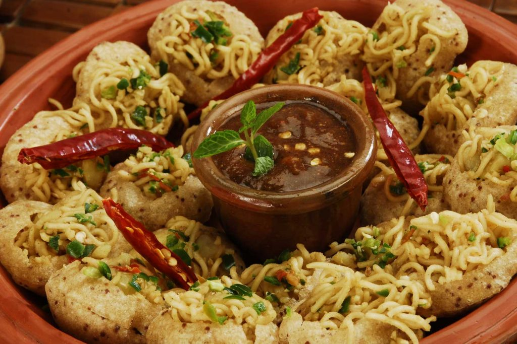 Bangladeshi Food: Fuchka