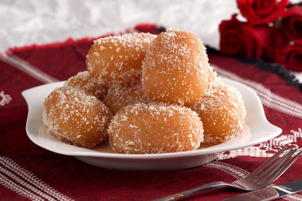 Bangladeshi Food: Chomchom (Traditional Sweet / Chum Chum)