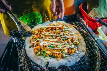Vietnamese Street Food: 16 Popular Dishes You Will Love