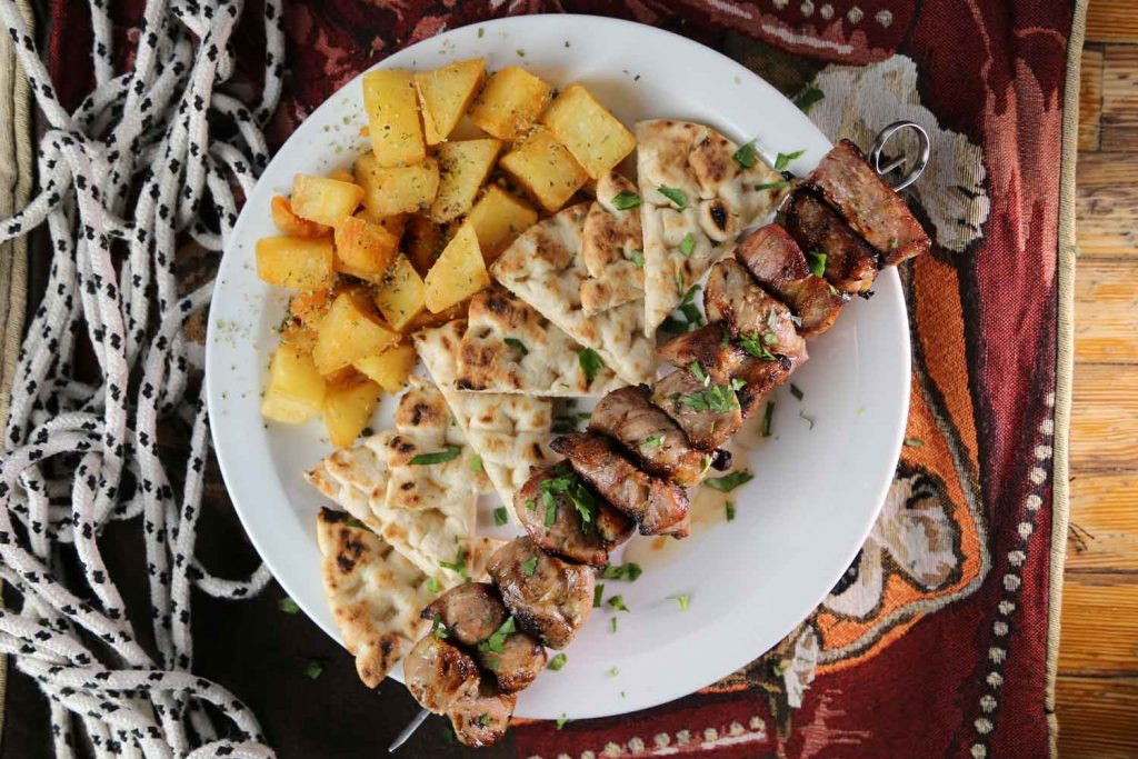 Greek food: Kontosouvli