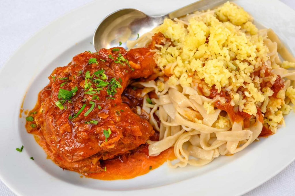 Greek food:Κόκορας με χυλοπίτες - Rooster with Handmade Pasta