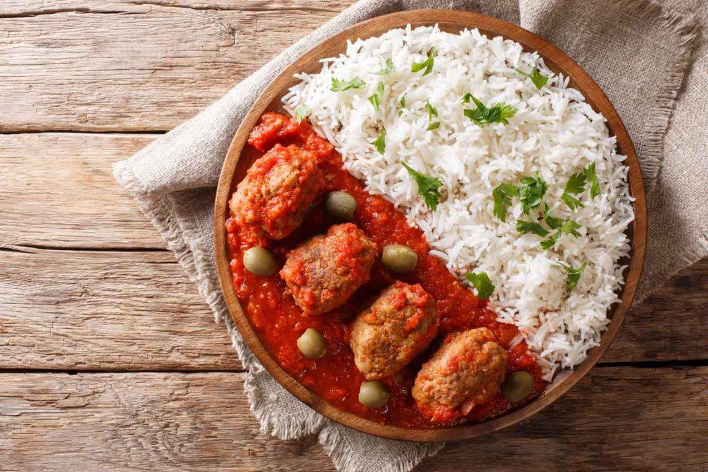 Greek food: Soutzoukakia with rice