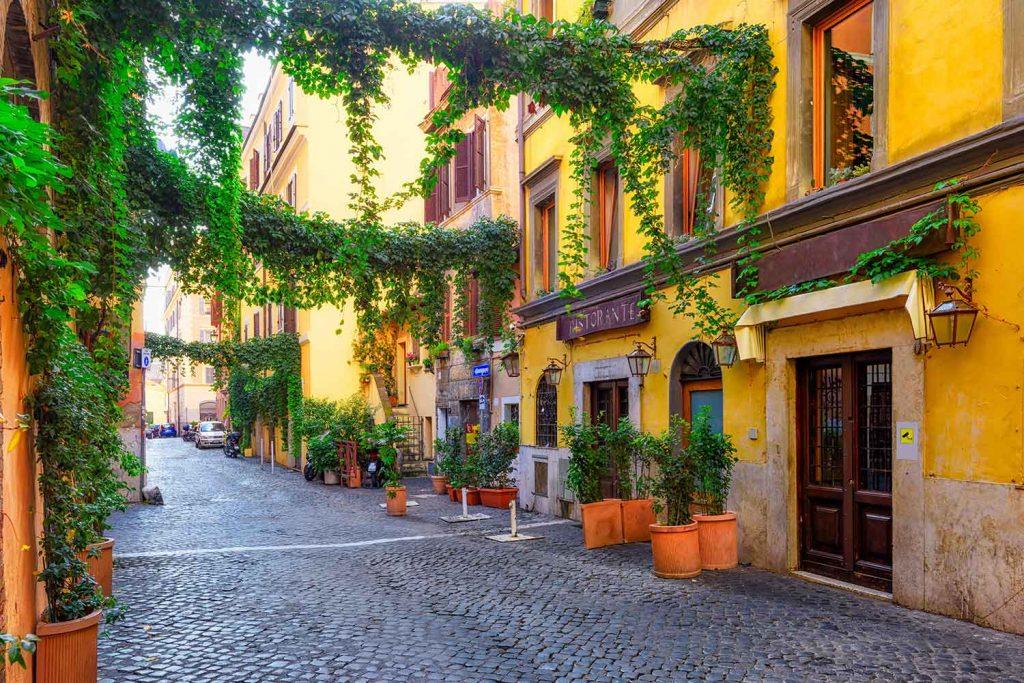 cobbed streets Trastevere