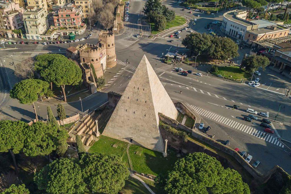 Piramide Testaccio