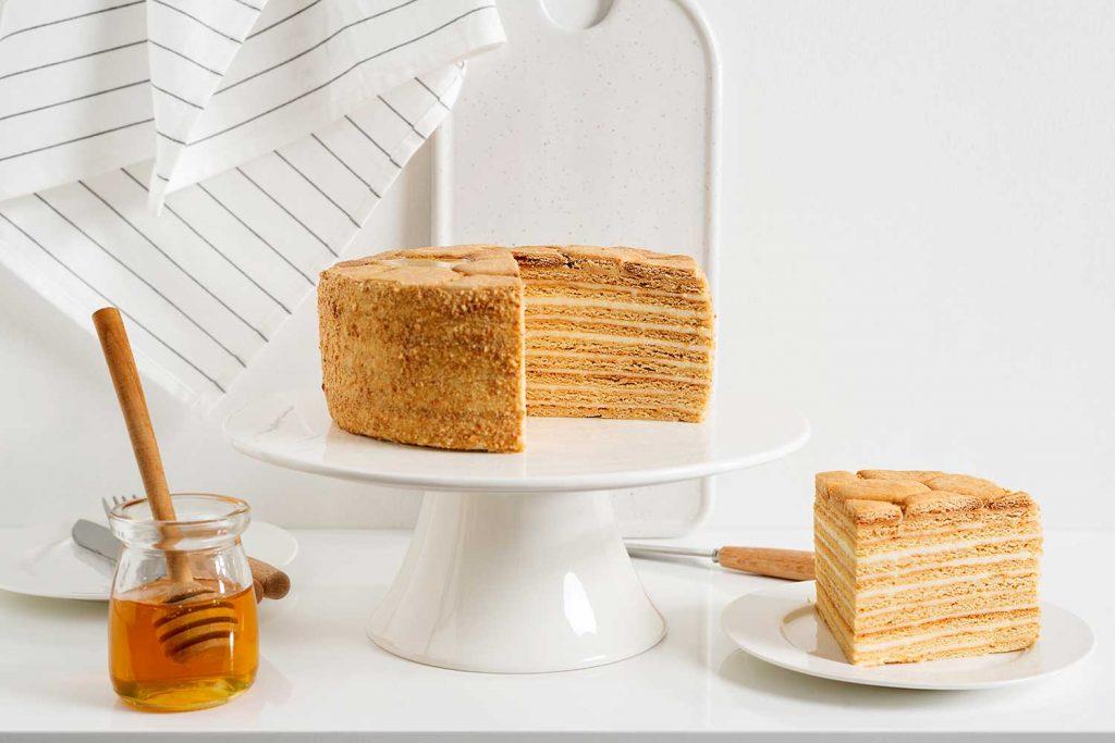 Honey Cake Latvia